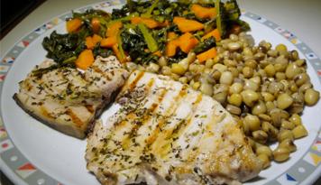 Pesce-spada-con-cicerchie-e-verdure
