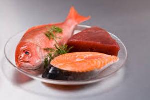 La carne e il pesce sono alimenti ideali per la tiroide.